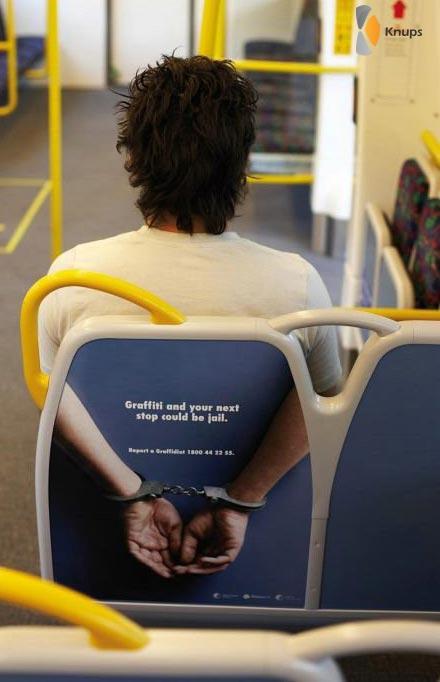 vastgebonden aan busstoel